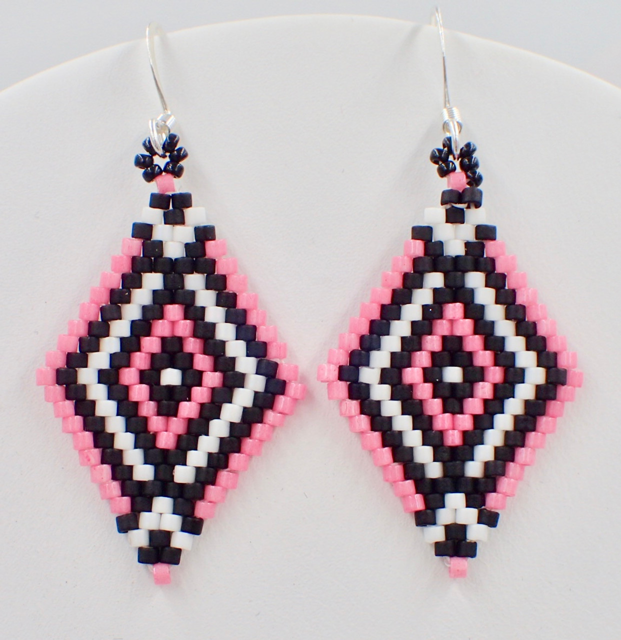 the hoop dangly round brick stitch beading inside completing second earrings of instructions