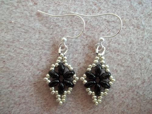Dazzling Duo Earrings Tutorial