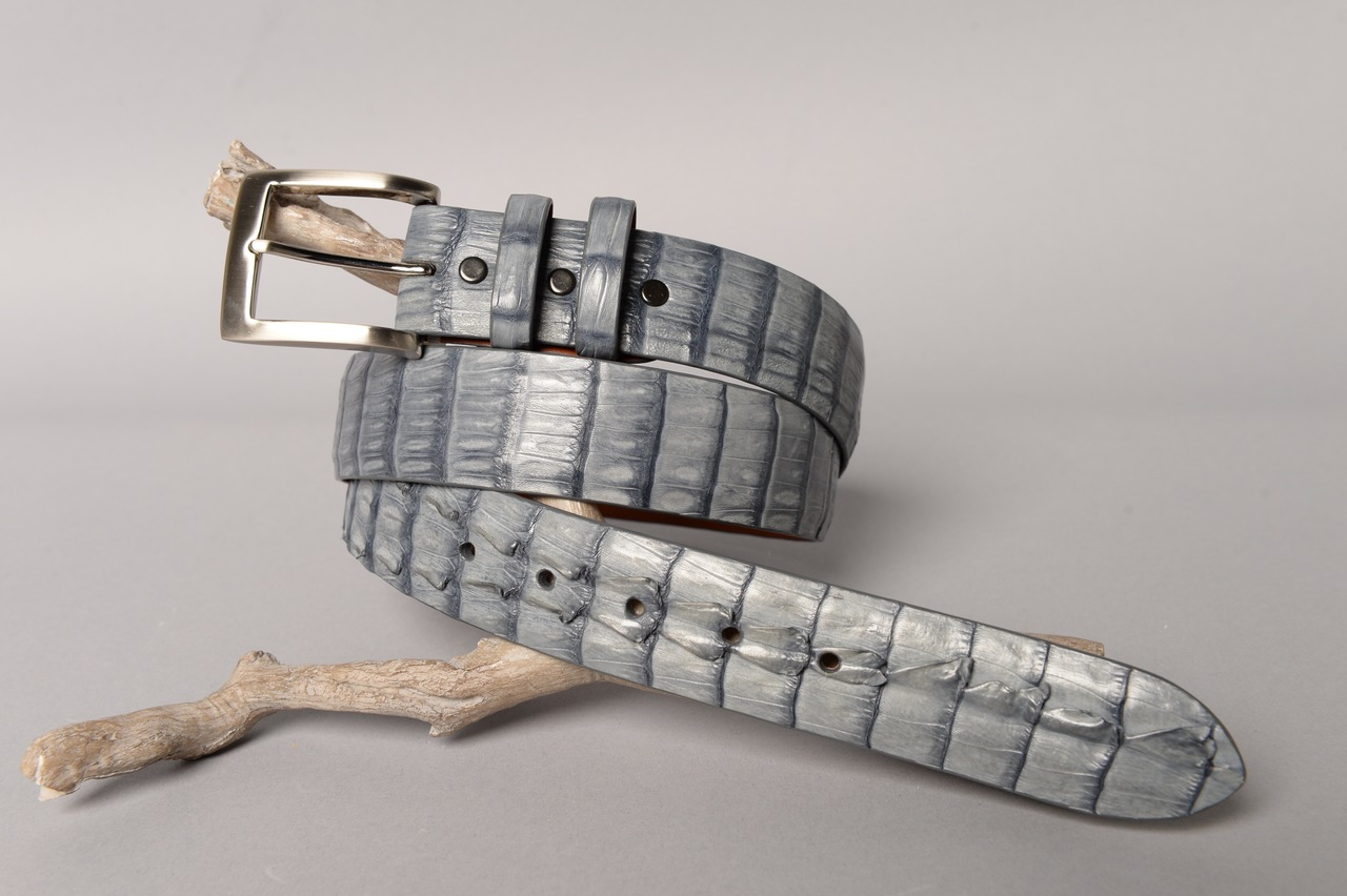 Matte Caiman Hornback Crocodile Belt - Light Grey (horns on the tip)