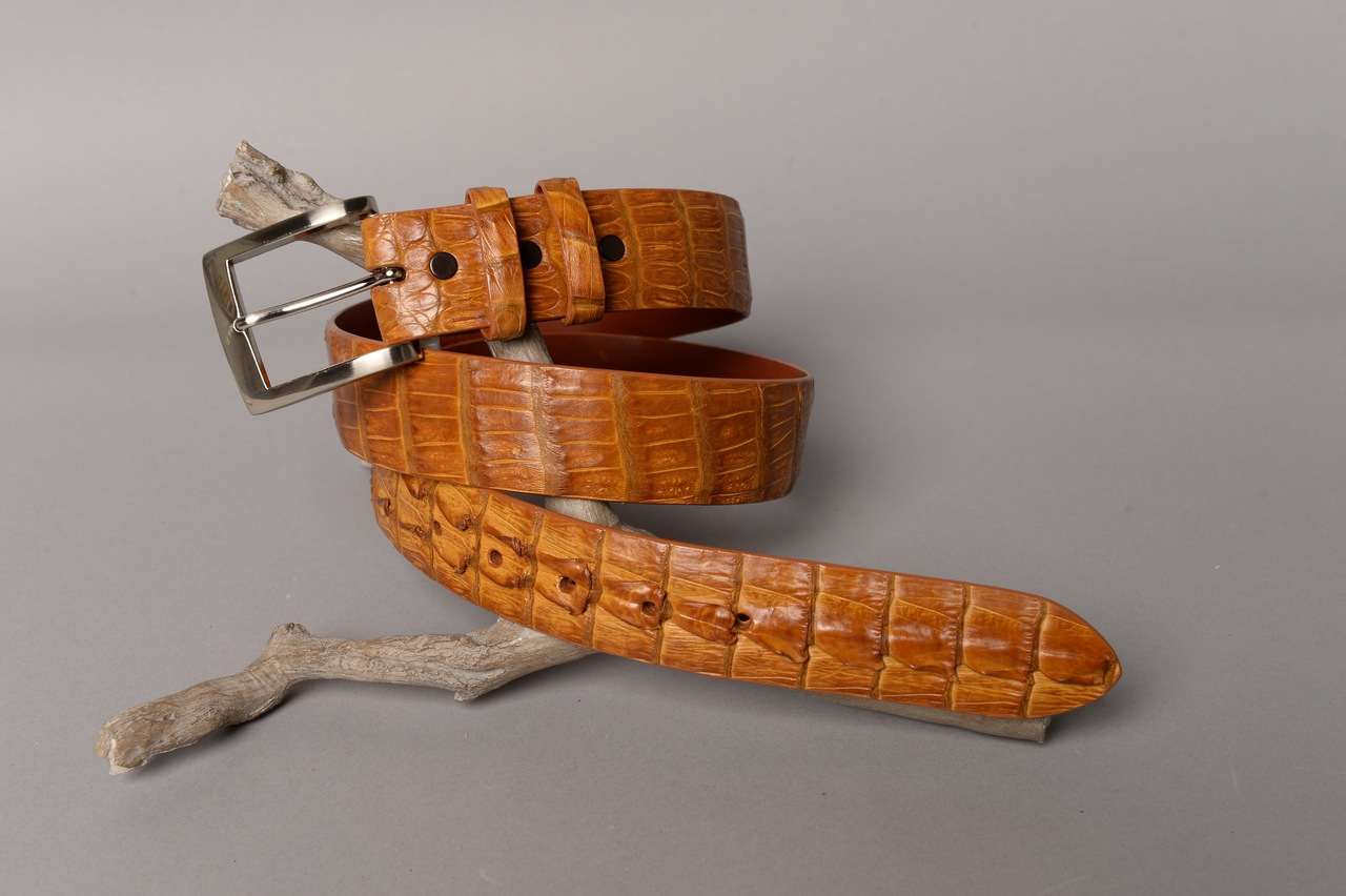 Matte Caiman Hornback Crocodile Belt - Antique Saddle (horns on the tip)