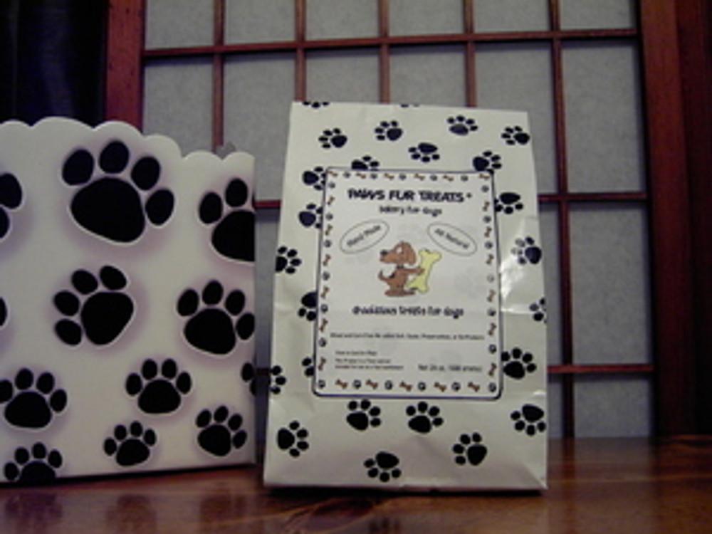Paw Print Bag - 1-1/2 pounds Daily Treats