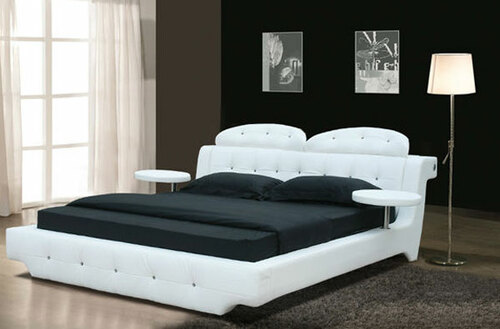 KING (2844#) LEATHERETTE BED WITH DIAMOND BUTTON DESIGN - ASSORTED COLOURS AVAILABLE