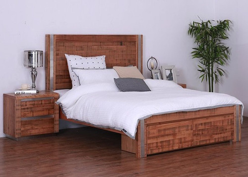 QUEEN ZARANDA TASMANIAN OAK BED WITH 2X FOOT END DRAWERS (18-9-22-9-5-18-1) - NATURAL RUSTIC