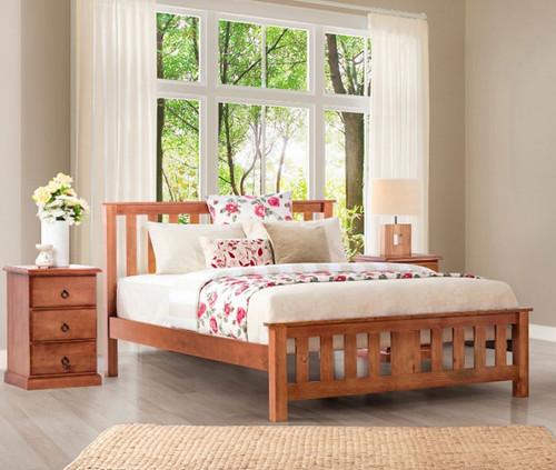 CARRINGTON DOUBLE OR QUEEN 3 PIECE BEDSIDE BEDROOM SUITE WITH STANDARD CASE GOODS - GOLDEN OAK