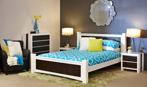 KINGSLEY DOUBLE OR QUEEN 3 PIECE BEDSIDE BEDROOM SUITE - CONTRASTING WHITE & DISTRESSED BROWN
