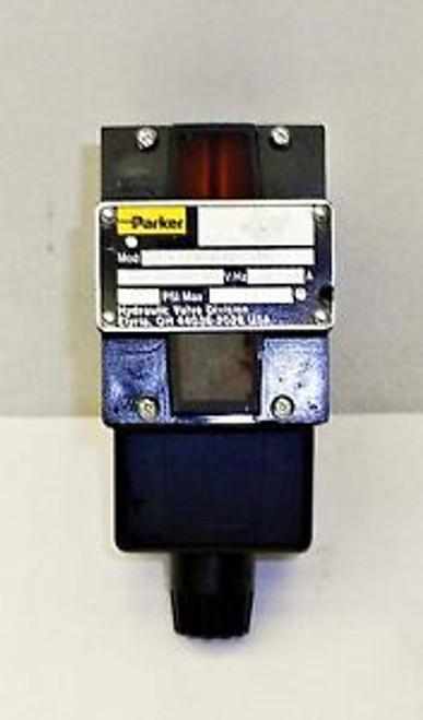 #SLS1J82 New Parker P/N-D3W1HNYC13-14  14871MO