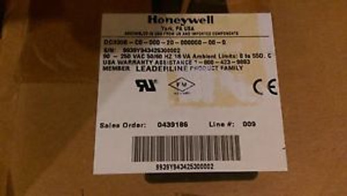 #94 - HONEYWELL DIGITAL CONTROLLER W/MANUAL DC3300 New
