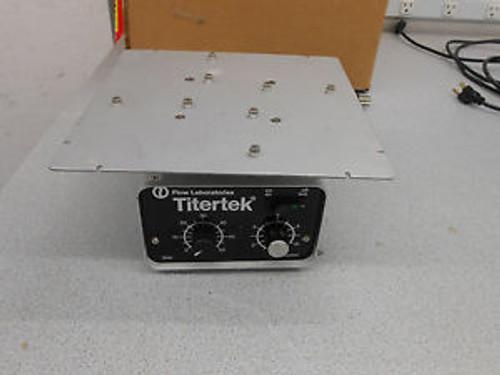 1 Flow Laboratories Dsg Titertek / 4 Microplate Shaker