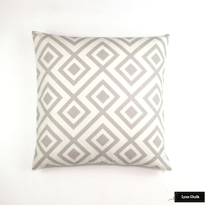 Pillow in David Hicks La Fiorentina in Light Grey/Off White (24 X 24)