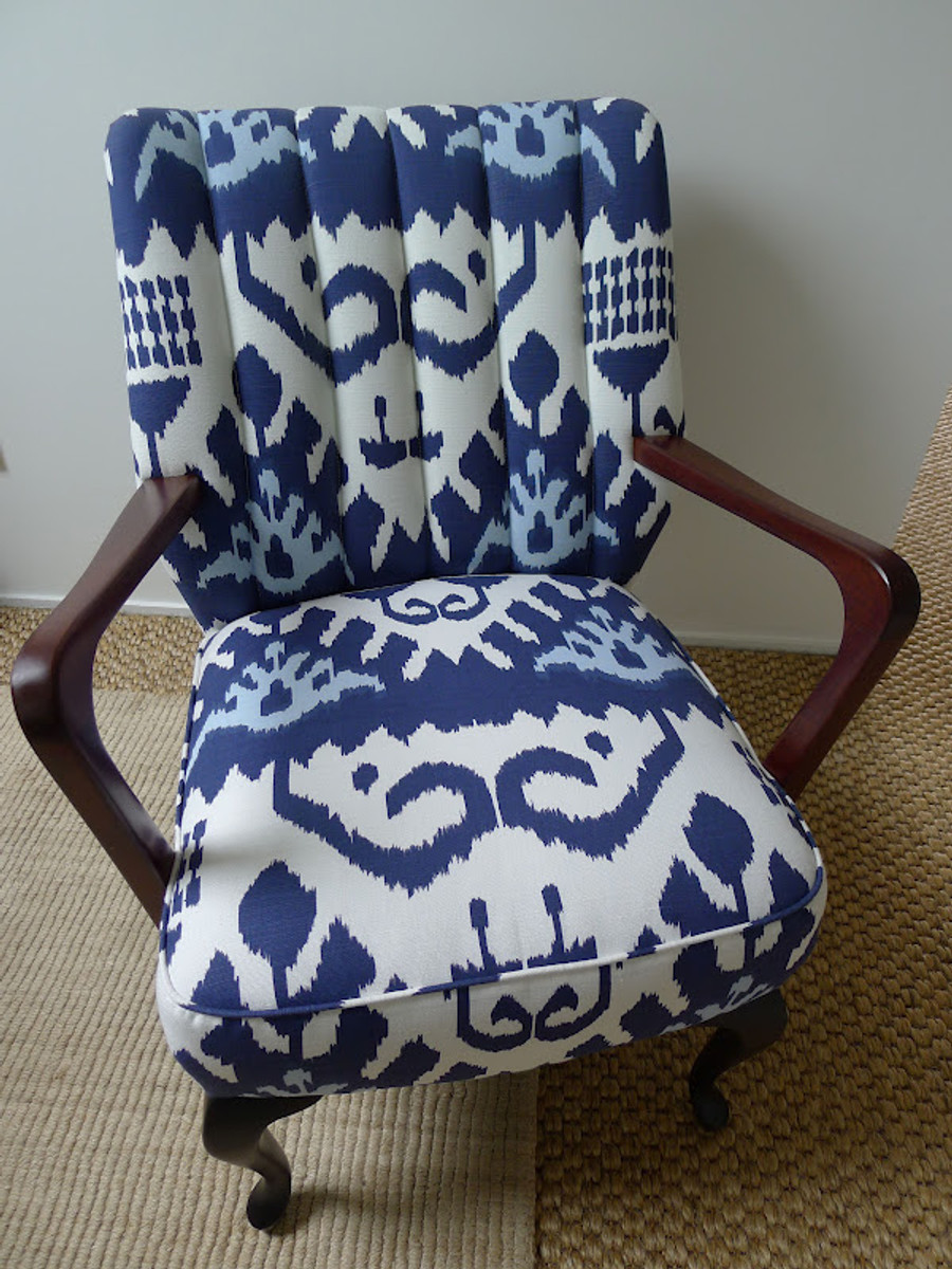 Quadrille Kazak Blue Suncloth on Chair (Annie Loveridge Interiors)