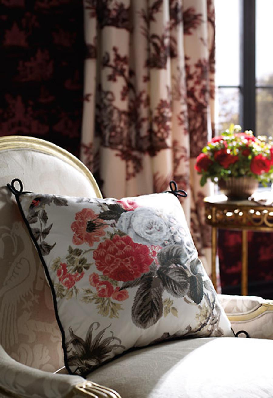 Pillow in Alessandra Branca Elizabeth Rouge/Grey