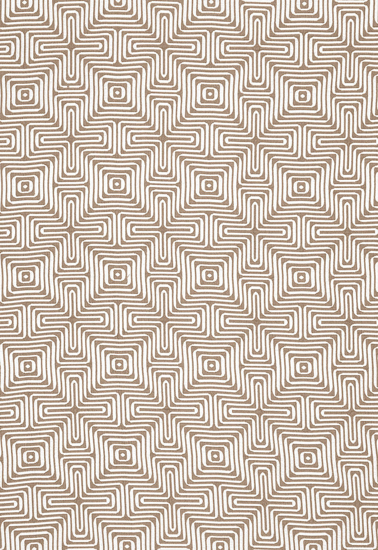 Amazing Maze in Sand
