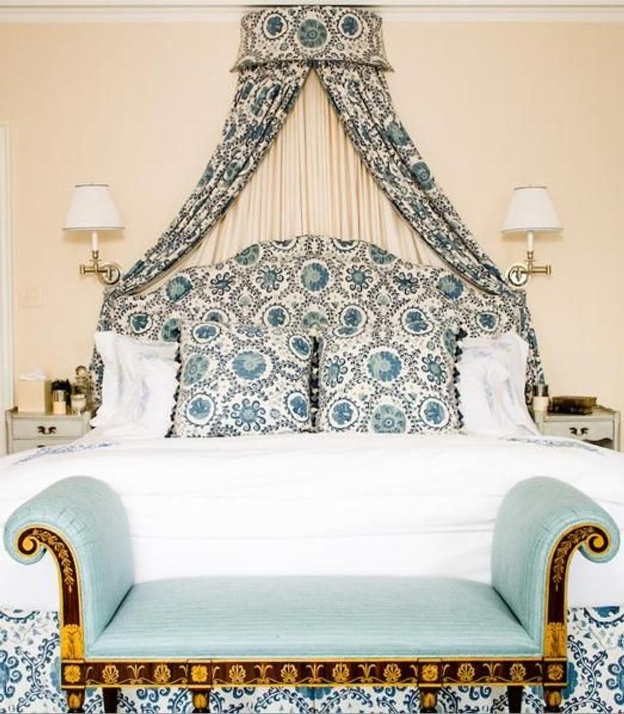 Bedroom in Carleton V Oxus Blues