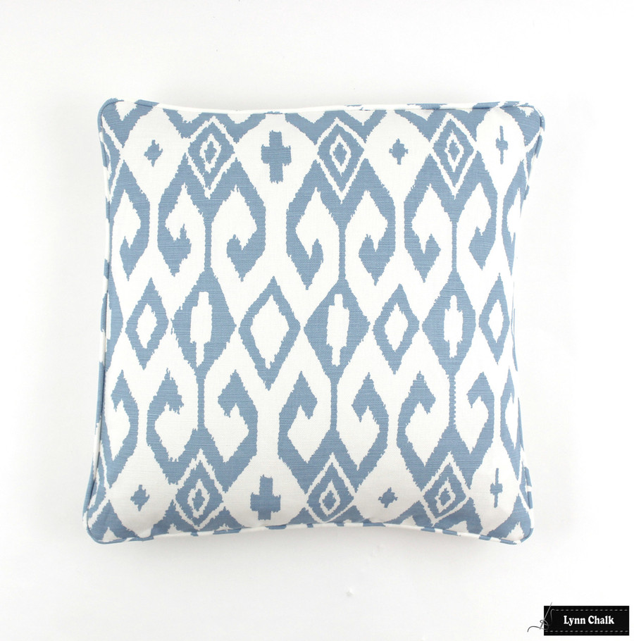 Quadrille Alan Campbell Aqua II French Blue on White Pillow with Self Welting (18 X 18)