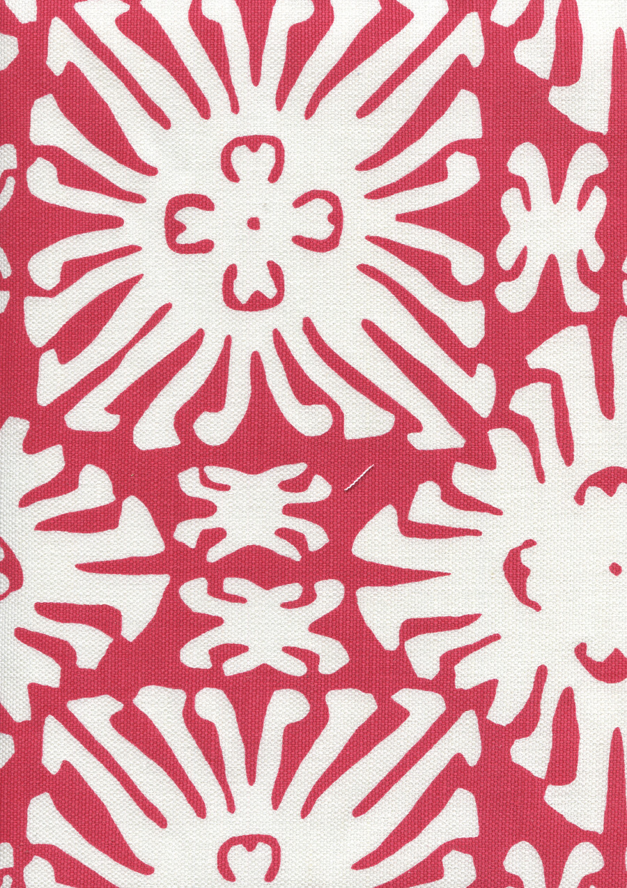 Sigourney Reverse Small Scale Red on white 2485 07