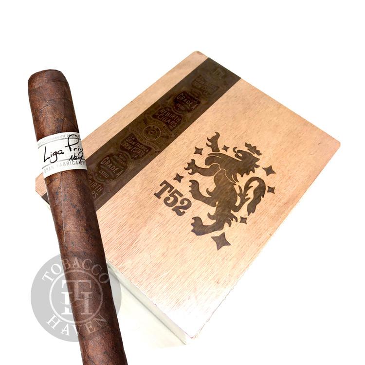 Liga Privada T52 (Drew Estate) Belicoso Cigars (Box of 24)