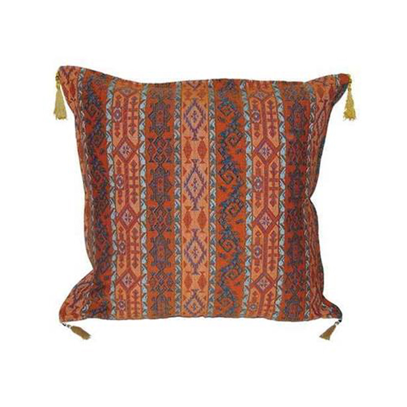 Our Turkish Cushion Alti is created using the highest quality fabrics with traditional Turkish designs. Ottoman period fabrics were highly regarded by the court as the pinnacle of textile workmanship.  Featuring bright and contrasting colours, our Turkish Cushion Alti will bring life and vibrancy to every setting. Front view.