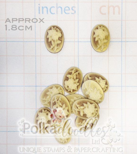 2 Vintage Flowers Oval Resin Cameo 18MM H