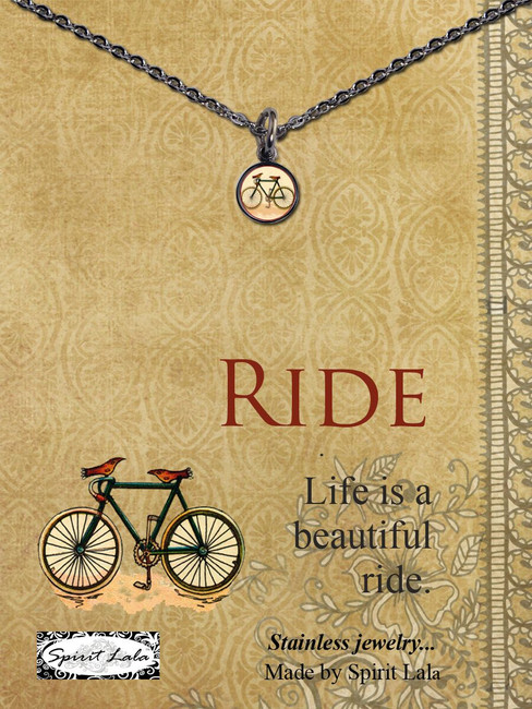 Carded Vintage Bike Small Circle Necklace