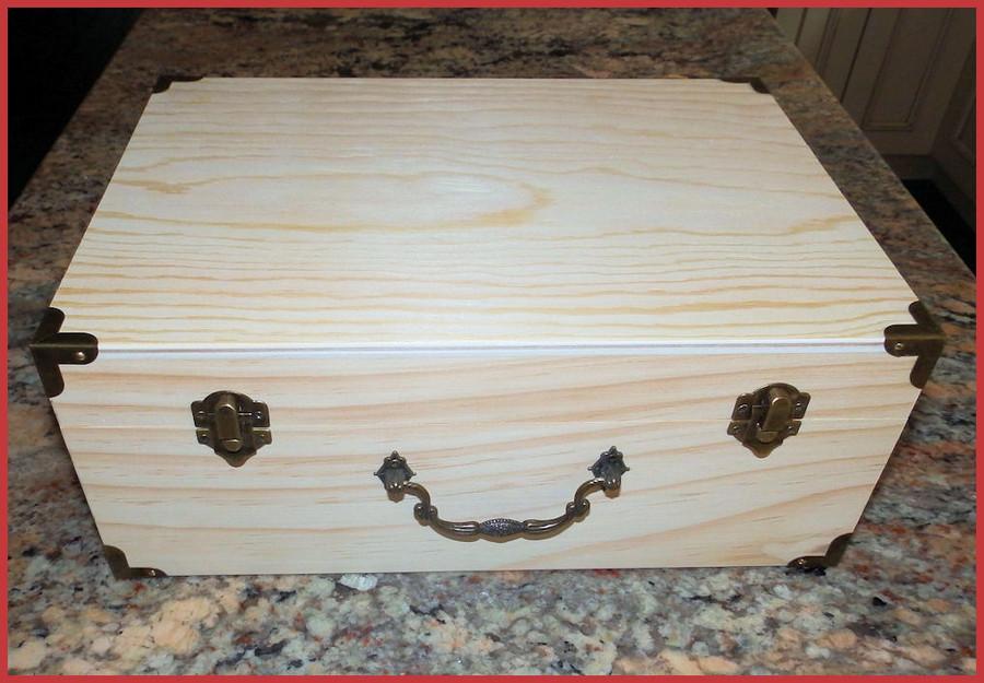Wood - Decorative Box With Metal Corners (1923130L)