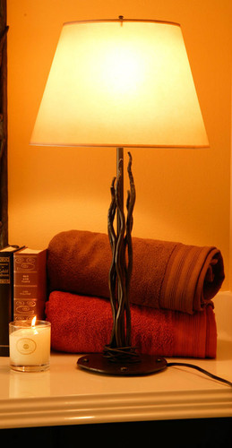 Rush Iron Table Lamp