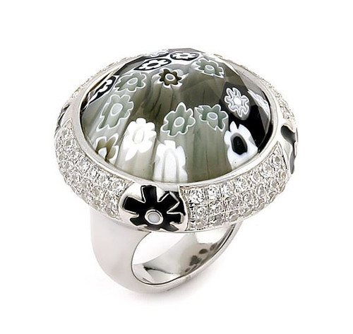 EXQUISITE COLLECTION FACETED BLACK /WHITE MURANO GLASS ROUND RING WITH HIGH QUALITY CZ MICROSETTING