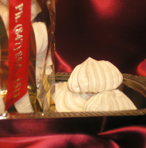 FRENCH ORGANIC MERINGUES
