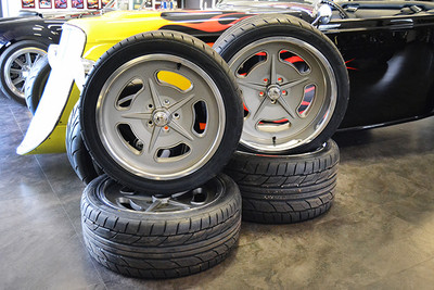"18"" and 20"" Bonneville Style Wheels & Tire Package"
