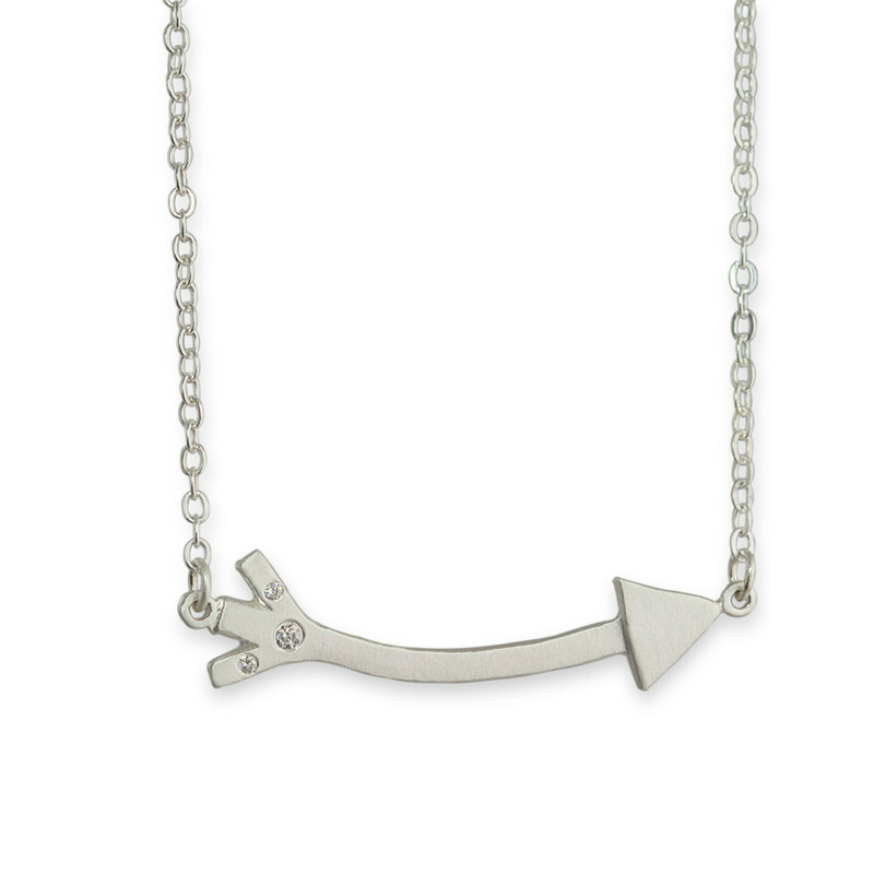 Long Arrow Linked Necklace Silver with 3 Diamonds
