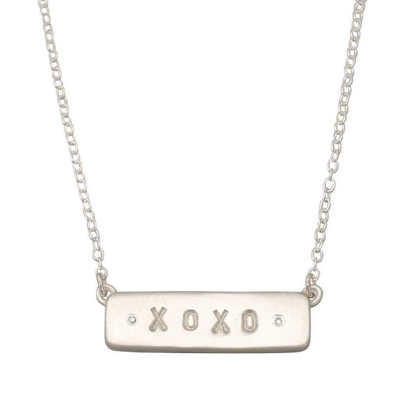 XOXO Chunky Bar Linked Necklace with diamonds