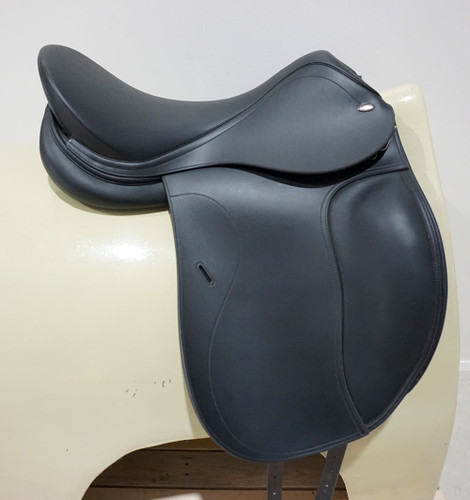 Tekna Synthetic Dressage Saddle 18""