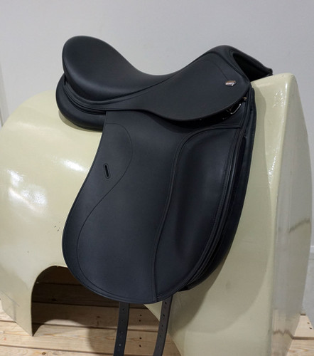 "Tekna Synthetic Dressage Saddle 18"""