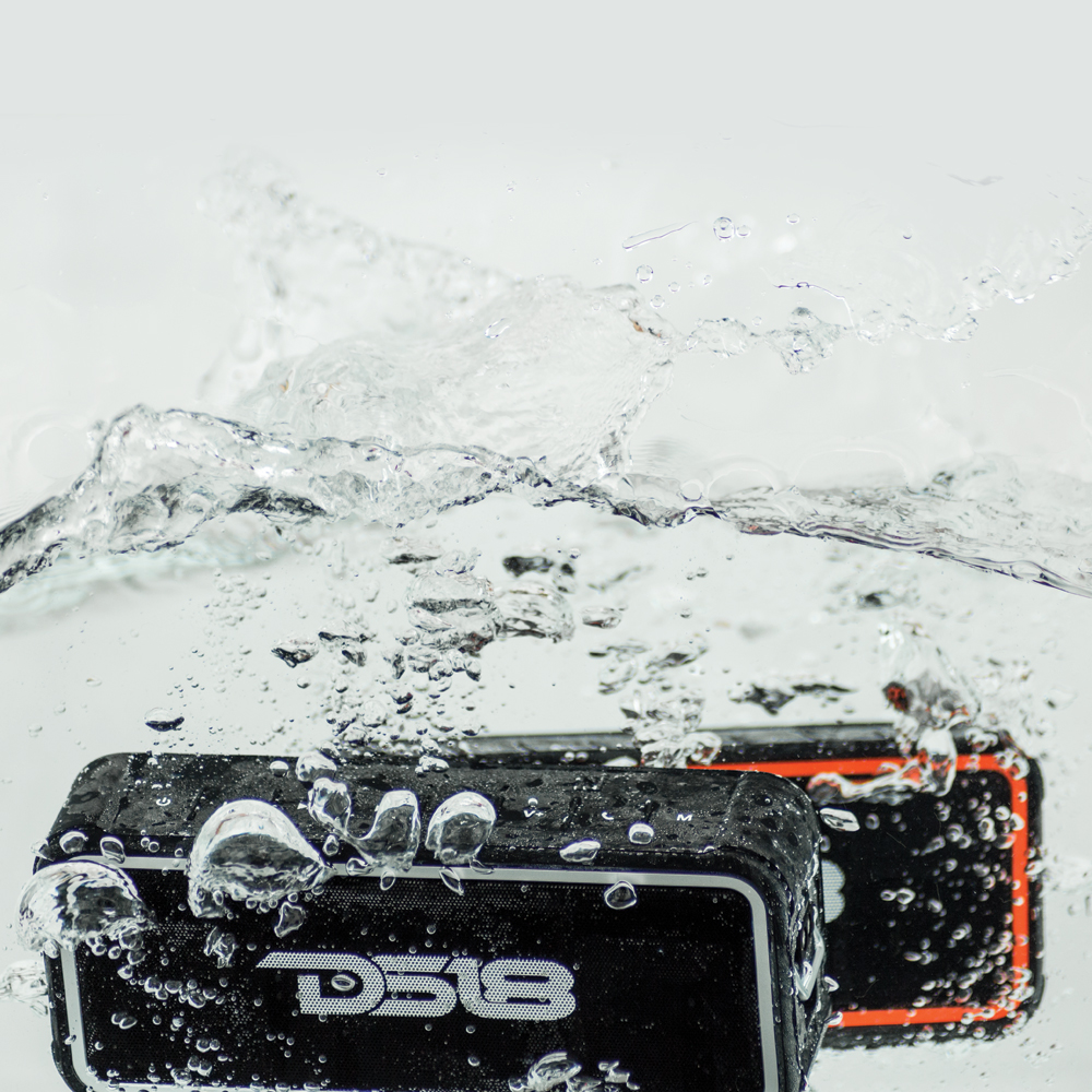 DS18 STORM WATERPROOF WIRELESS BLUETOOTH SPEAKER WITH MICROPHONE