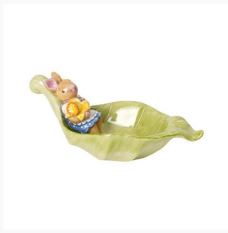 Rabbit and Daffodil Leaf Bowl