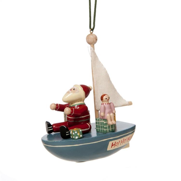 Santa Goes Sailing