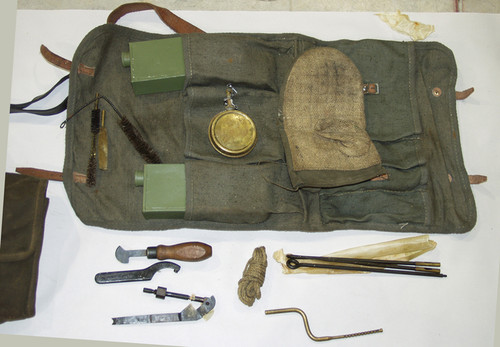 MG42 Gunner Kit with hot barrel mit