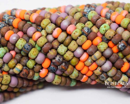 5/0 Aged Rustic Orangeade Stripped Picasso Mix (1/4 Kilo)