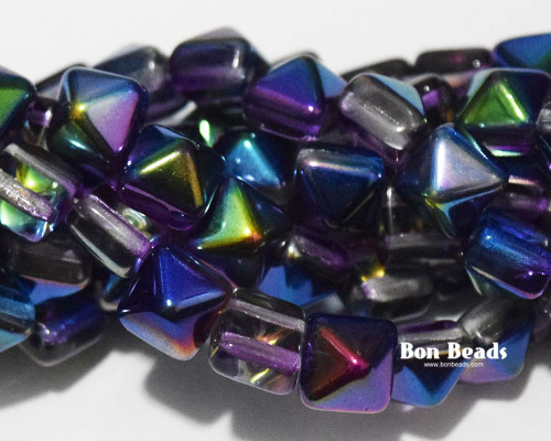 8mm Magic Blueberry 2 Hole Pyramids (150 Pieces)