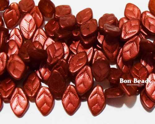12x7mm Lava Red Leaves (300 Pieces)