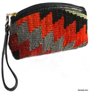 Small Tavas purse - wrist strap