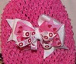 Valentines hugs and kisses bow