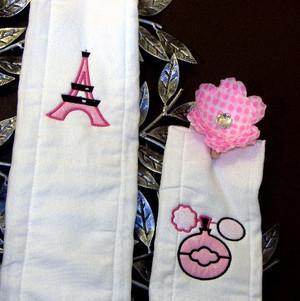Paris Burp Cloth Set