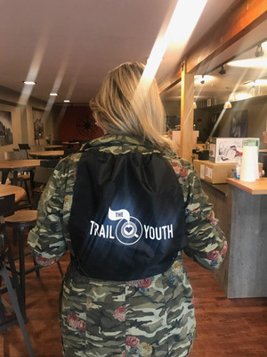 Trail Youth Cinch Bag