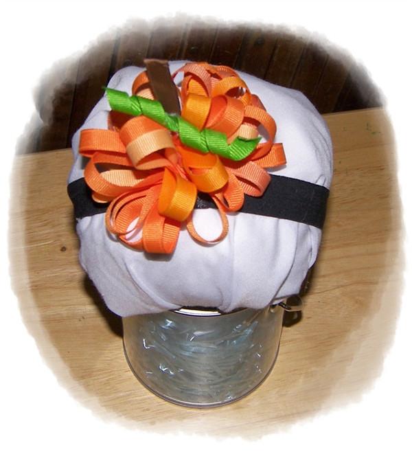 Pumpkin puff bow