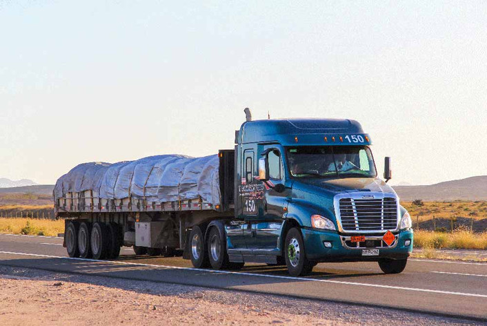 Quality Flatbed Trailer Tarps Perform Better In Severe Weather