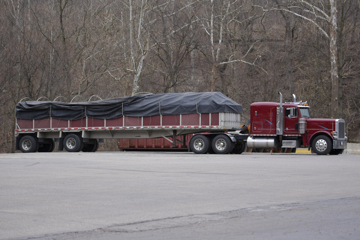 Flatbed Tarps: What Every Truck Driver Should Know