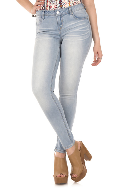 Deluxe Wonder Push Up Skinny Jeans In Haley