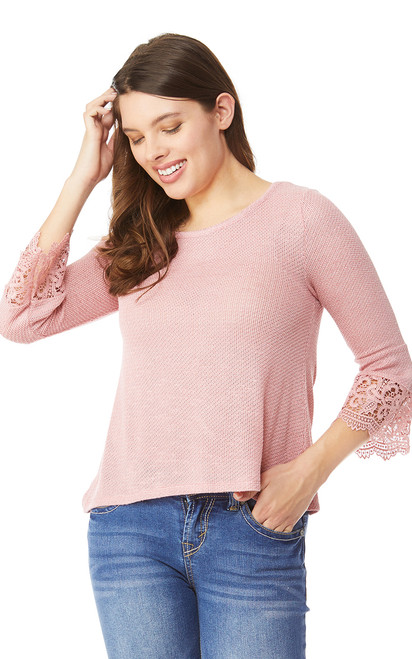 Lace Trim 3/4 Sleeve Top In PrimRose