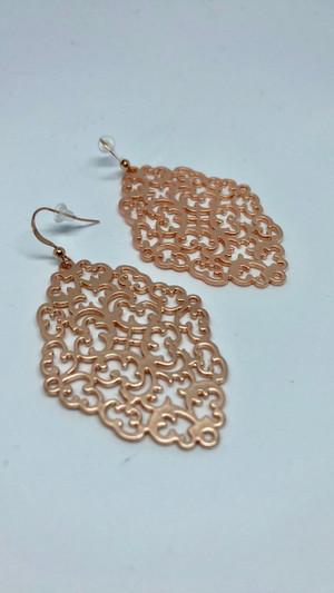 Rose Gold Filigree Earring