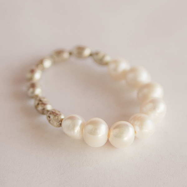 white freshwater pearl